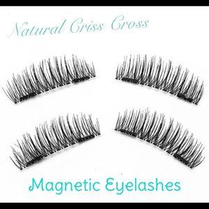 1 Pair Magnetic Short/Med Eyelashes Full Strip